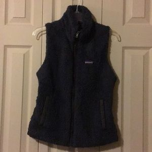 Charcoal gray Patagonia fuzzy vest size medium